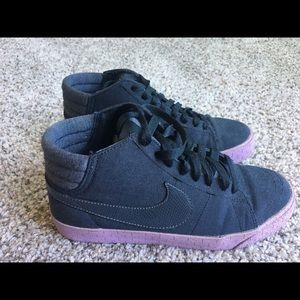 Nike Shoes - Woman's Nike
